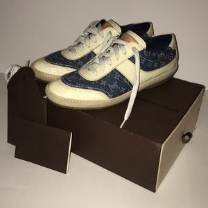 Louis Vuitton vintage sneakers 39